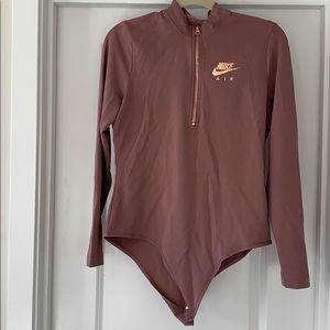NWOT Nike mock neck long sleeve bodysuit size L